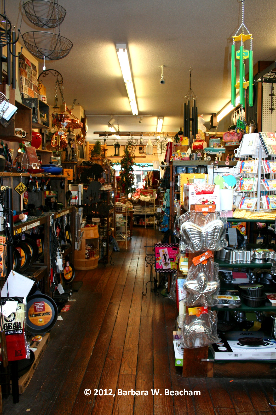 Old fashioned hardware stores 64
