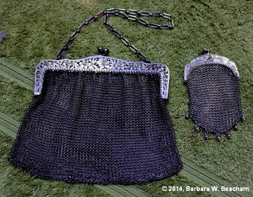 A handbag and coin purse