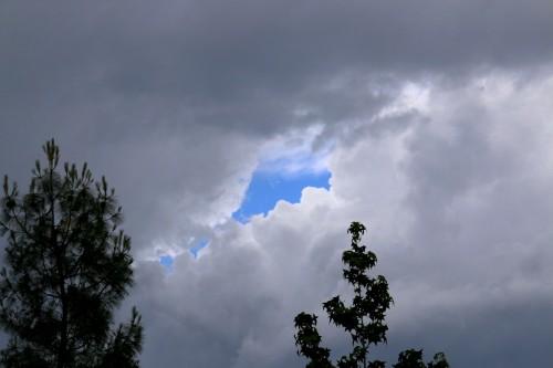 A thunderstorm blows through