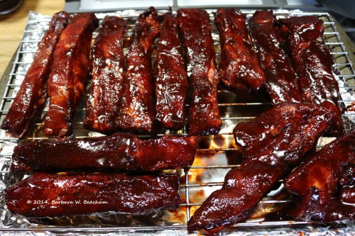Marinated ribs are positioned and ready for the oven!