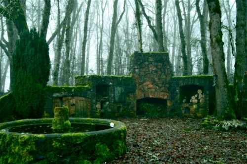 Ruins - Photo by Rachel Bjerke