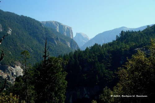 A view from the road heading to Yosemite National Park